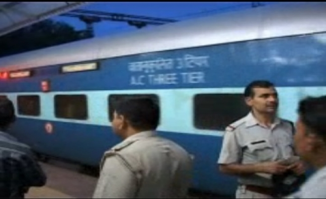 Blasts in train at India's Chennai kill passenger, alert issued