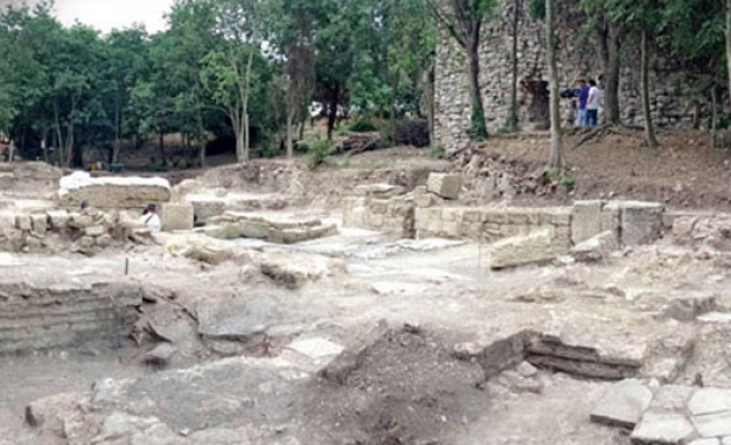 Fault line at ancient city near Istanbul discovered