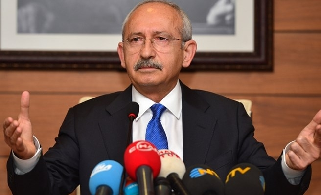 Turkish president files suit against opposition leader