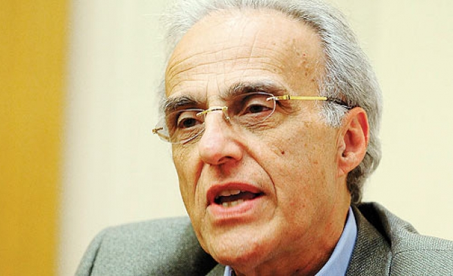 West's silence on Egyptian coup an alarming double standard, says Esposito