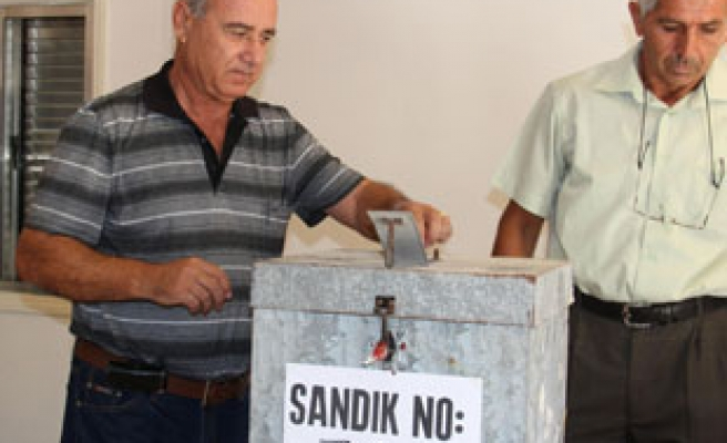 Turkish Cypriots go to polls