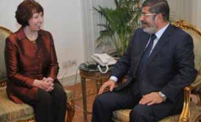 Ashton's meeting with Morsi 'not foreign interference,' says FM