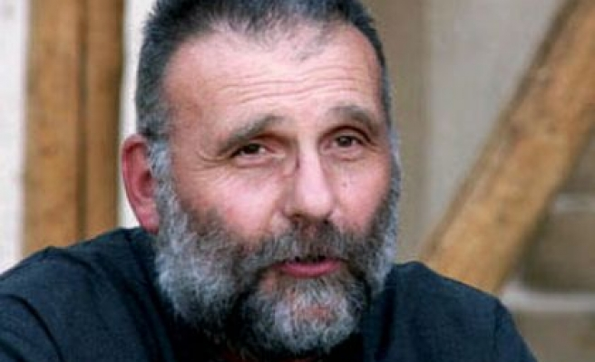 Italian Jesuit priest killed in Syria, says rights group