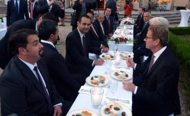 German FM hosts iftar for Muslim ambassadors