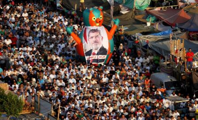 Morsi 'will be reinstated', says wife
