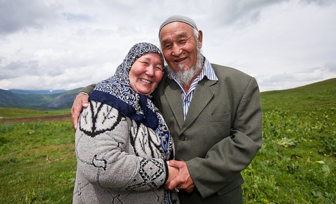 Kyrgyz pensioner wants to go to Mecca by cycling