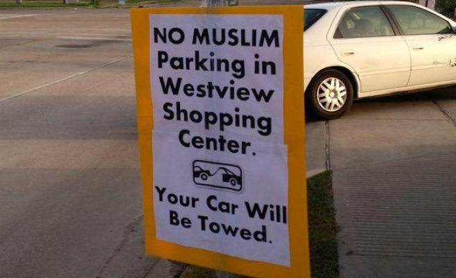 'No Muslim' parking signs at Texas removed