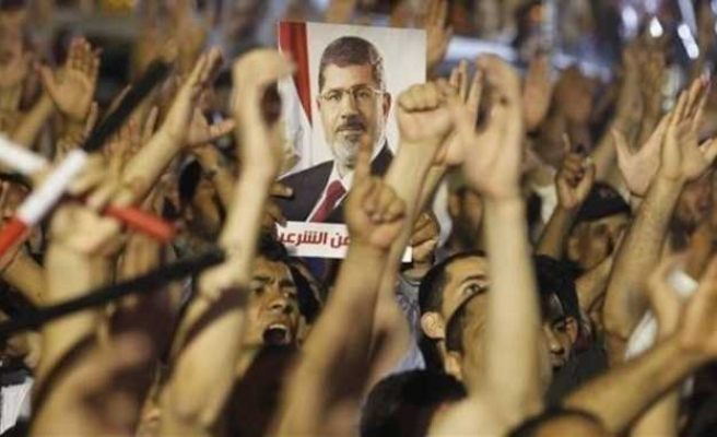Opposition to Morsi ouster up to 69 pct, study shows