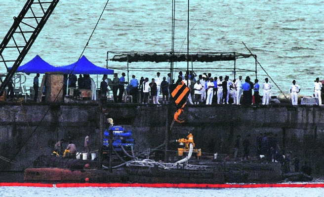 Bodies of 3 Indian navy sailors found