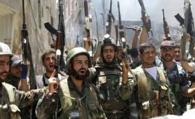 Syrian army fights for road route for chemical agents
