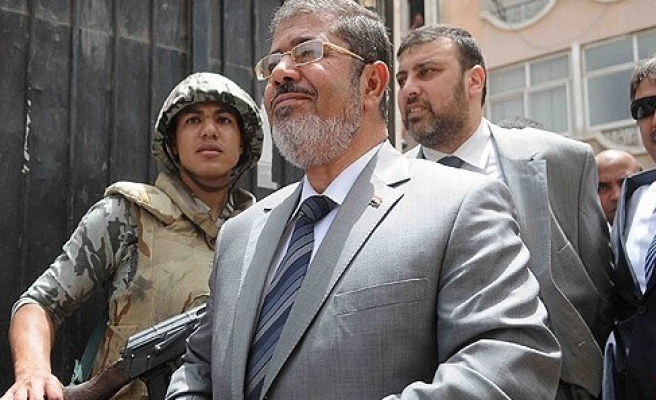 Ankara tests water for meeting with Morsi