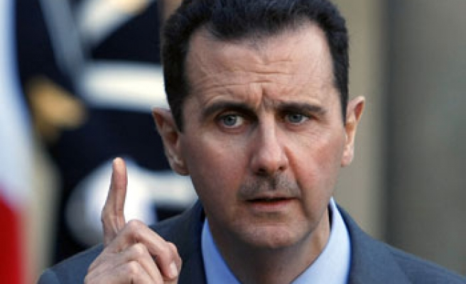 Assad warns Turkey on supporting rebels