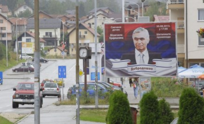 War criminal Krajisnik urges 'peace' in Bosnia