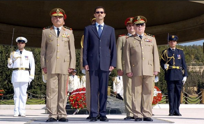 Qatar says fight against ISIL will fail if Assad stays