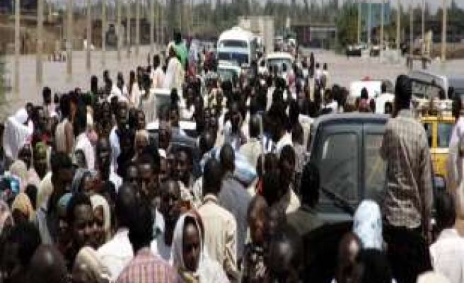 Sudanese demand release of detained relatives