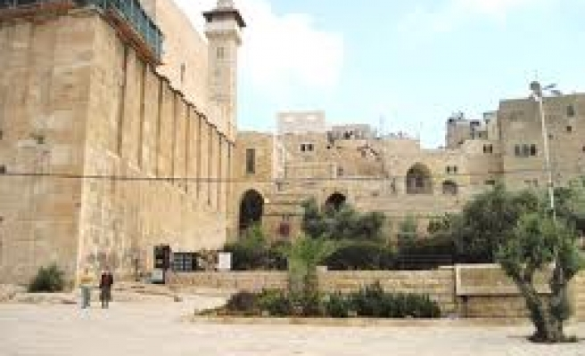 Israel banned call to prayer at Ibrahimi Mosque 599 times in 2013