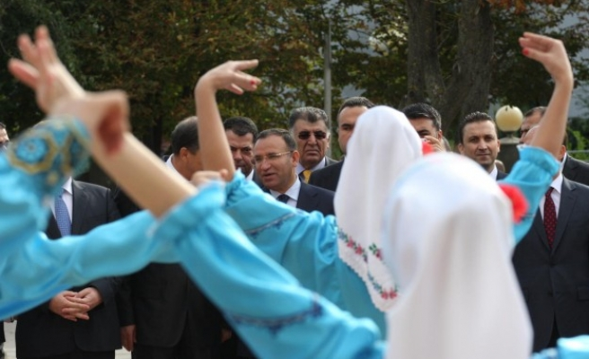 Moldovan PM asks sword of national hero from Turkey