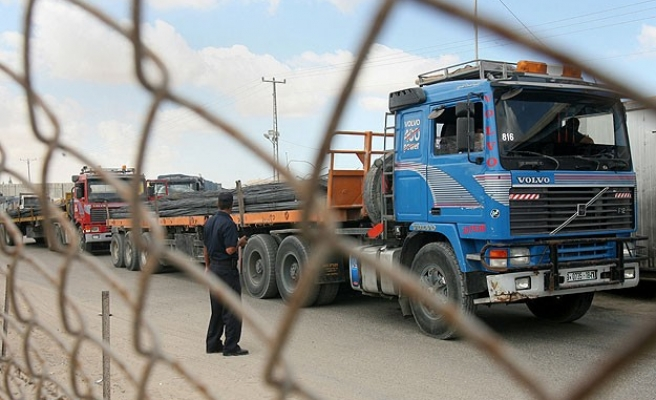 Israel allows aid into Gaza, but not construction materials