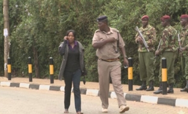 Kenyans looking for missing relatives after mall crisis