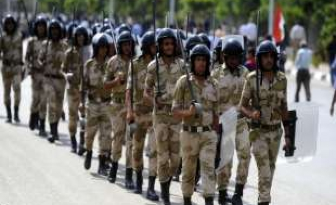 Egypt beefs up security after Tahrir clashes