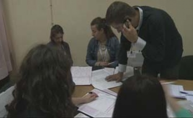 Bosnia first post-war census reopens old wounds