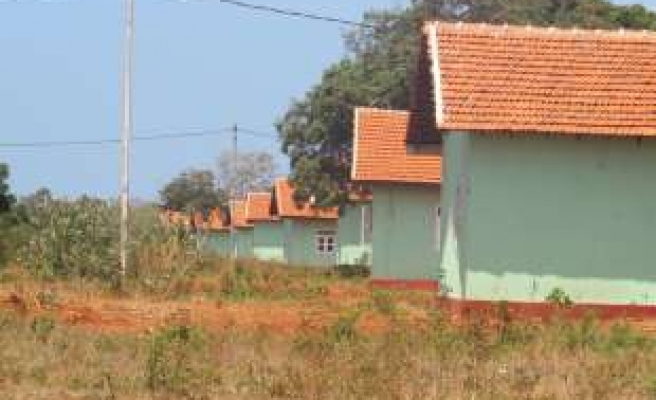 Turkish agency starts to build 100 houses in Sri Lanka