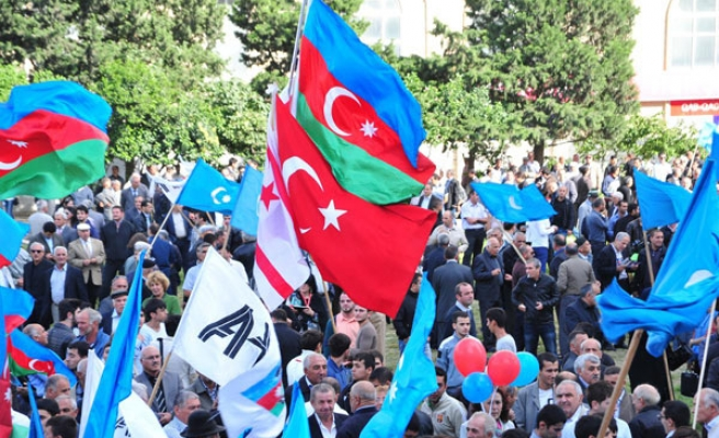 Azerbaijanis go to polls on Wednesday