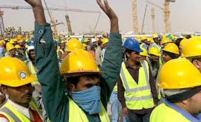 Saudi Arabia threatens its foreign workers