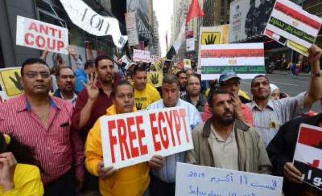 Egyptians in US protest coup against Morsi