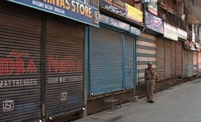 Kashmiris wary as Modi challenges for power in India