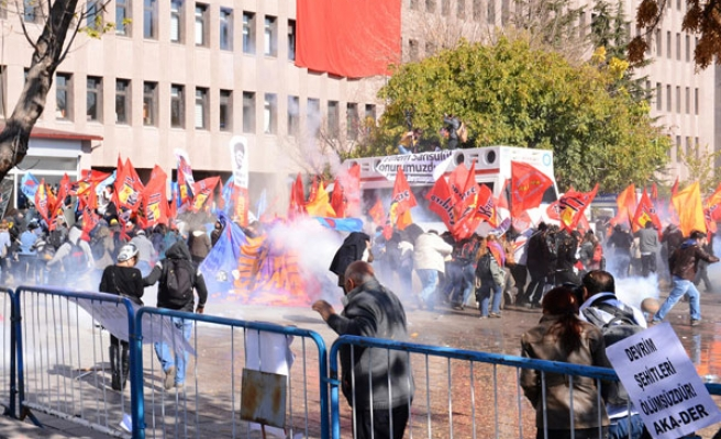 Protests outside of Turkish courthouse