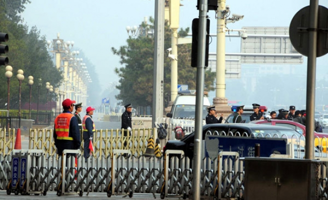 China accuses two Uighurs of Tiananmen incident