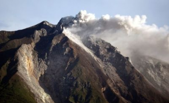 Indonesia's Mount Sinabung volcano erupts again