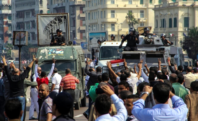 Eye witness: Military cracks down on Egyptian protesters