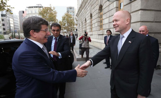 Hague believes Iran nuclear deal within reach