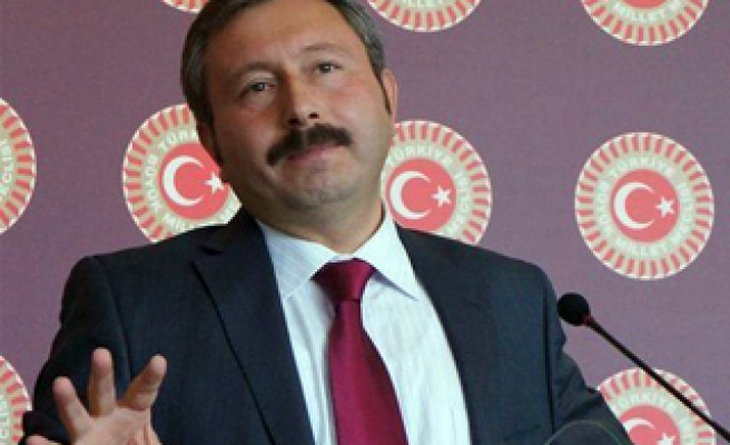 AK Party pushes button to expel opponent MP