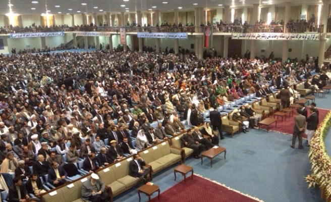 Loya Jirga assembly votes for US security deal