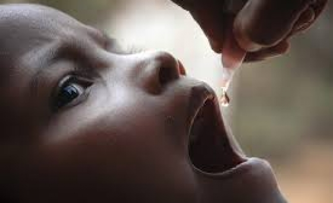 Pakistan launches new campaign to tackle polio crisis