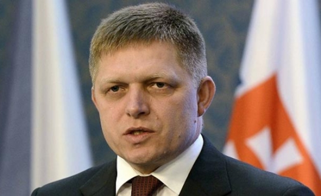 Slovak PM follows Czechs in ruling out foreign NATO troops