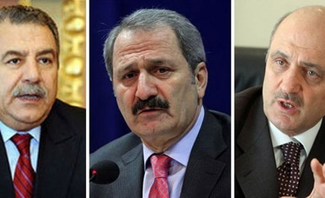 Three Turkish ministers submit resignations, reports