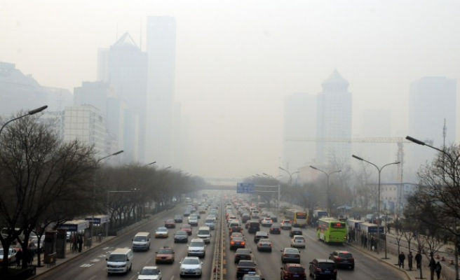 China to set up $1.6 bln fund to help fight smog