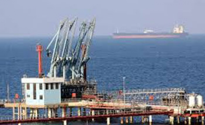 Libya autonomy groups vows to sell oil from seized ports