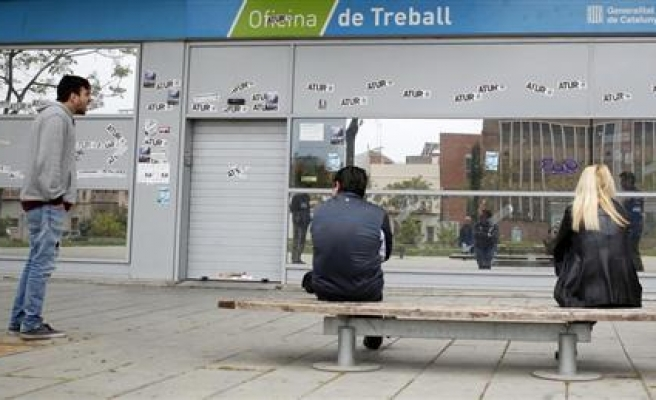 Euro zone unemployment still at record high
