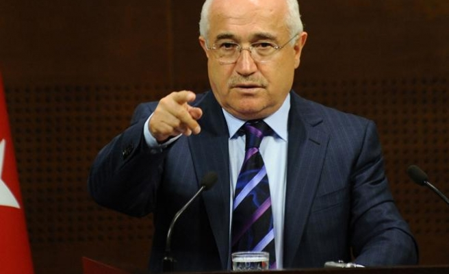 Turkish parliament head says has no powers in graft probe