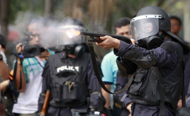 Seven injured in Thai protest shooting