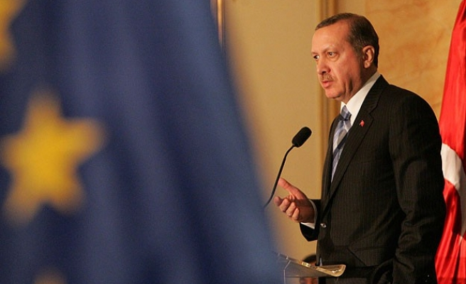 Turkish PM to meet top EU officials in Brussels