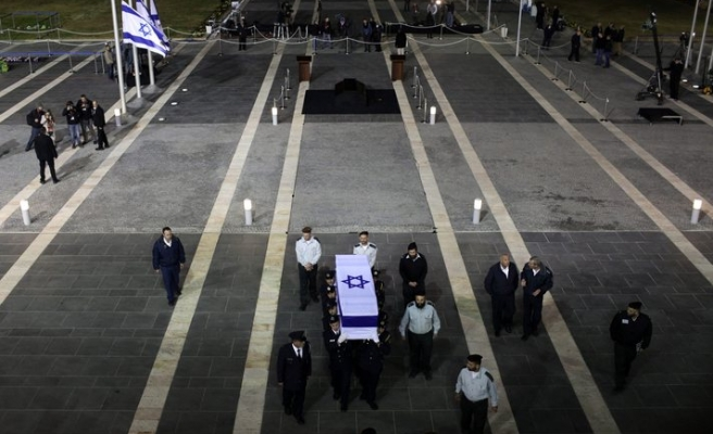 Ariel Sharon's burial site angers Palestinians