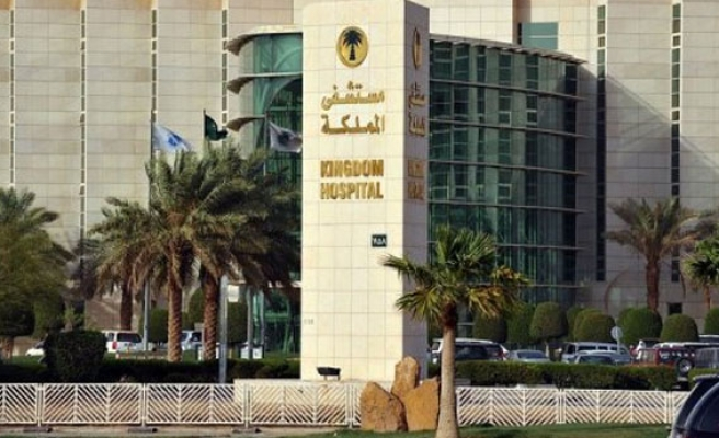 Saudi replaces head of Jeddah hospital as it fights MERS rise