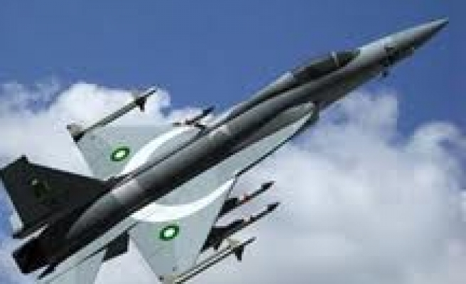 Pakistani jets pound hideouts in tribal area