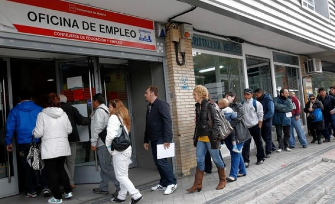 Spain's workforce shrinks as economy speeds up
